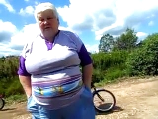 Russian summer -i like this granny!
