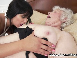 Norma & Naomie in Sexy Selfies And Ass Eating - 21Sextreme