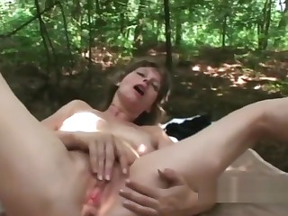 Gorgeous Hottie Pleased With Big Dick